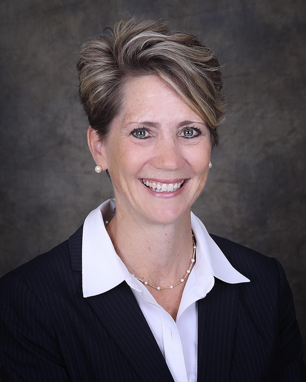Lindsey Hall, Ex-Officio